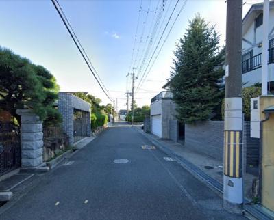 更地渡しです!!南海高野線『北野田』駅まで徒歩15分の便利な立地♪前面道路幅員広々約6m♪閑静な住宅地です♪