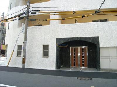 【エントランス】インペリアル新町