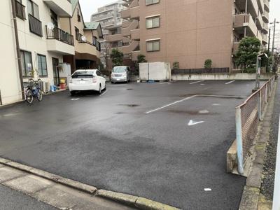 【外観】綾瀬2-35駐車場