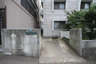 【エントランス】川崎マンション