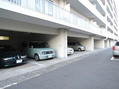 平置き駐車場。