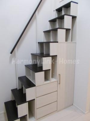 Arendelleの収納付き階段☆