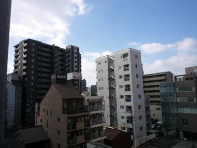 横川の街並みを見下ろす シティービュー! 街の中でもこんなに前面が開けてます! お洗濯物なども直ぐに乾きそうですね!