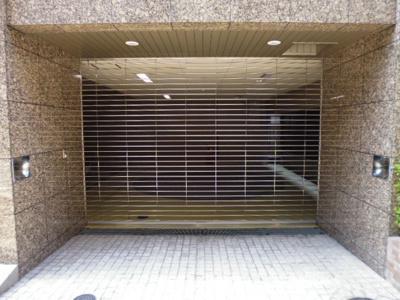 【駐車場】リーガル江戸堀ウエストパーク