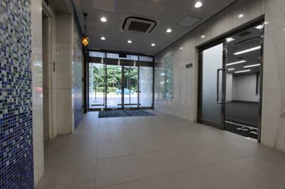 【エントランス】パークフロント青い森ビル