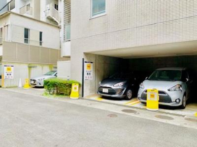 Brillia ist 白金高輪 駐車場