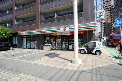 セブンイレブン福岡赤坂南店 徒歩約3分(約200m)