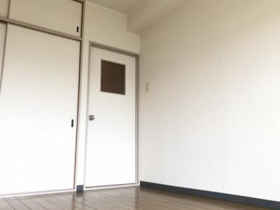 【洋室】第9摂津グリーンハイツ (株)Roots