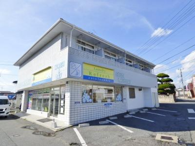 1階コインランドリー バス停近く(藤山中学校の向かい)