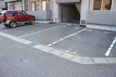 【駐車場】シャーメゾンK 五番館