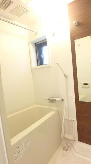 清潔感のあるバスルーム