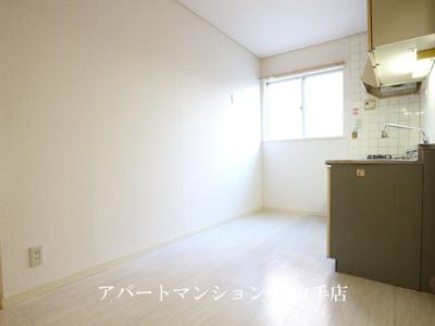 【キッチン】サンラフォーレA