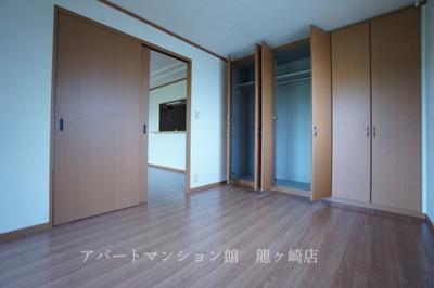 【寝室】レジデンス壱番館