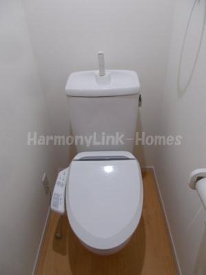 サークルハウス上板橋のトイレ(温水洗浄機付便座)☆
