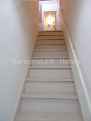 サークルハウス上板橋の内階段☆