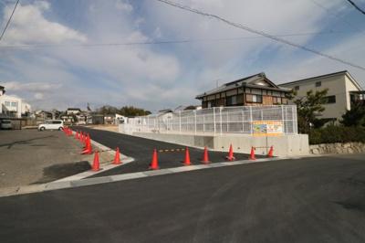 坂本小学校まで徒歩約13分・日吉中学校まで徒歩約14分