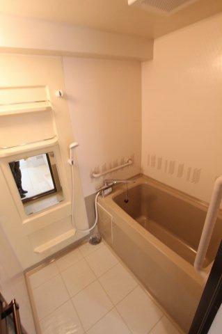 【浴室】ファミール南福岡