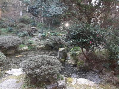 【庭】鳥取市湯所一丁目中古戸建て