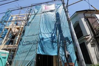外観です(2020年05月)撮影 新築戸建 B号棟 3LDK+P  京急本線「鶴見市場」駅徒歩3分 駅まで平坦 3LDK 地盤調査済 生活便利 期間限定カラーセレクト