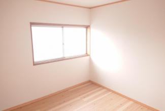 2F 4.5帖 洋室