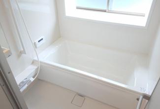 【浴室】新潟市西蒲区巻大原 中古戸建