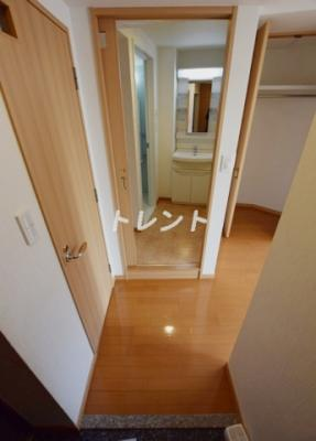 【玄関】神楽坂フラッツ