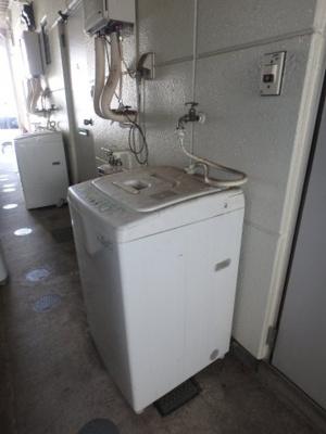 洗濯機(残置物)。