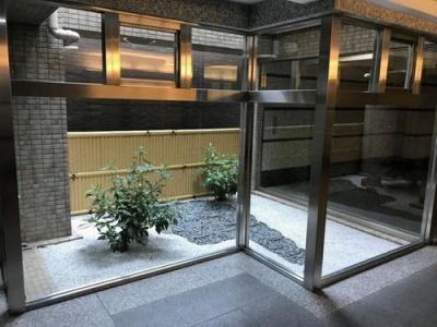 【エントランス】ファミール聖護院令泉通り 3階