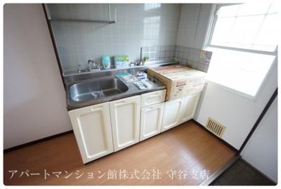 【キッチン】プルミエールエビハラ・パーソンズE