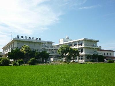 東近江市立能登川西小学校(771m)