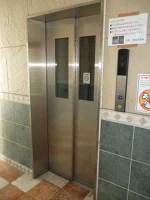 エレベーターで楽々各階にご移動出来ます(^v^)