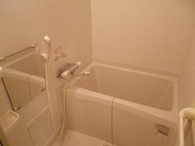 【浴室】ウォルベール中崎