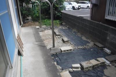 【庭】高橋貸家