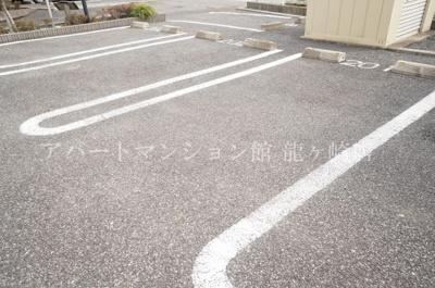 【駐車場】フォレストi