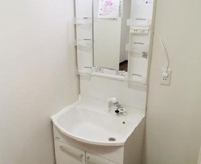 洗面化粧台です!
