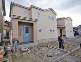 堂々完成しました!(1~6号棟まで完成済み) 敷地面積178.22㎡(53.91坪) 駐車場並列2台。