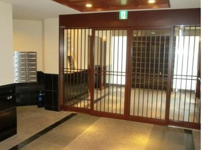 【エントランス】ブリリア京都岡崎 2階