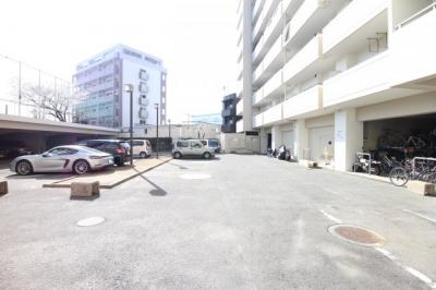 【駐車場】ロワールマンションアール板付壱番館