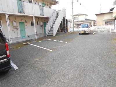 【駐車場】リバーサイドビラⅠ