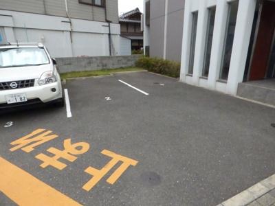 【駐車場】リラクシア千里