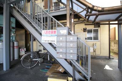 集合ポスト&自転車置き場