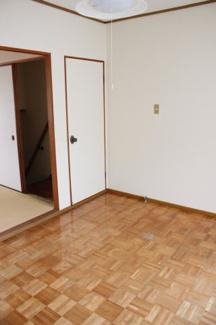 【洋室】中之町7丁目売りアパート