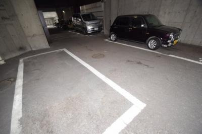 【駐車場】リエス桜川
