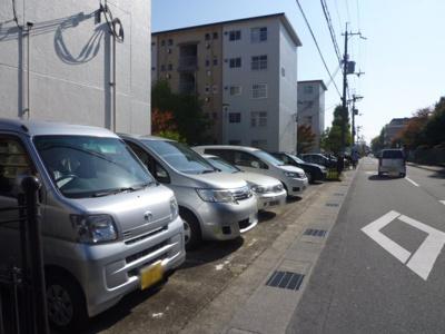 【駐車場】竹の台団地D3棟