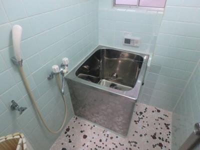 【浴室】コンラッド長瀬
