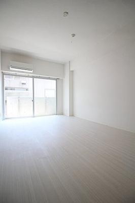 【洋室】クレセントアパートメント
