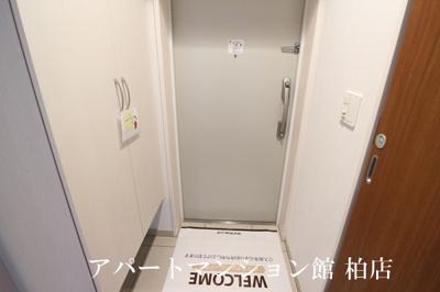 【玄関】アンクレージュ