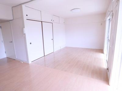 【居間・リビング】久米川駅東住宅19号棟