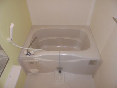 【浴室】サンエスケーイワタⅠ