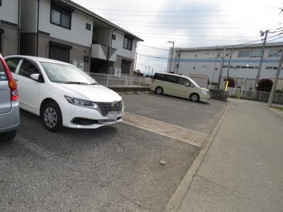 【駐車場】ツインパティオB